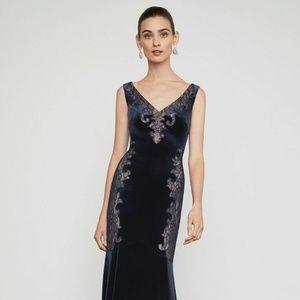 NWT $398 BCBG Maxazria Womens L Velvet Gown Dress